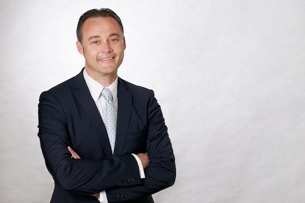 Robert Heimhuber mit der Makler-Sprechstunde